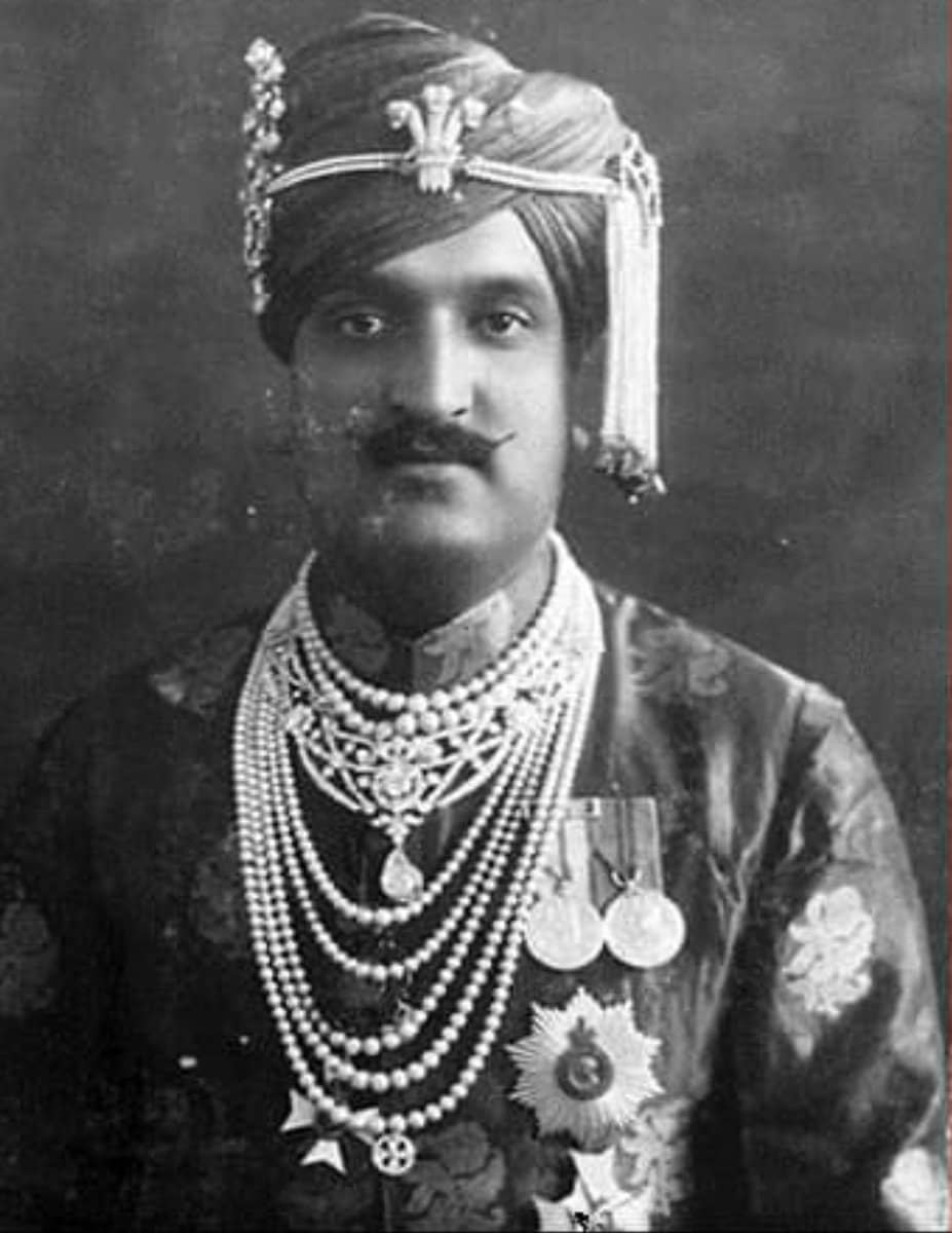 maharaja of Kashmir, maharaja Hari Singh, Jammu and Kashmir, Maharaja Sir Pratap Singh, dogra dynasty, maharaja Hari Singh london story, europe, britain, maharaja hari singh robbed, जम्मू काश्मीरचे महाराजा, महाराजा हरी सिंग, ब्रिटिश महिला