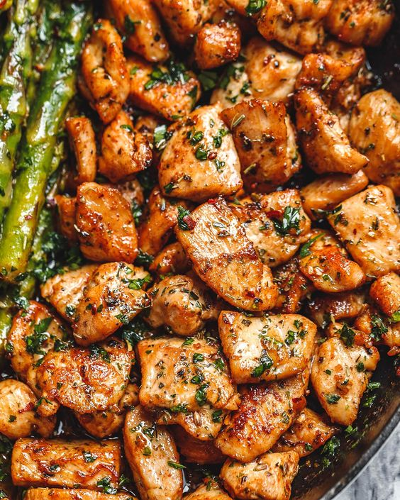 Garlic Butter Chicken Bites and Asparagus – So much flavor and so easy to throw together, this chicken and asparagus recipe is a winner for dinnertime! Chicken bites are so juicy, tender, and…