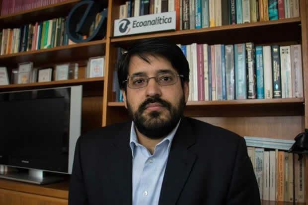 Asdrúbal Oliveros: Pagos a proveedores de Pdvsa en bolívares disparó el dólar