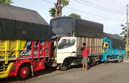 Sewa Truk Surabaya Jambi