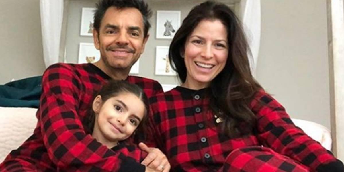 Critican a Eugenio Derbez por salir con su hija en cuarentena