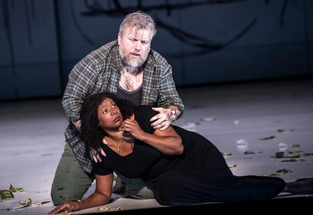 Verdi: Luisa Miller - Olafur Sigurdarson, Elizabeth Llewellyn - English National Opera ( © Tristram Kenton)
