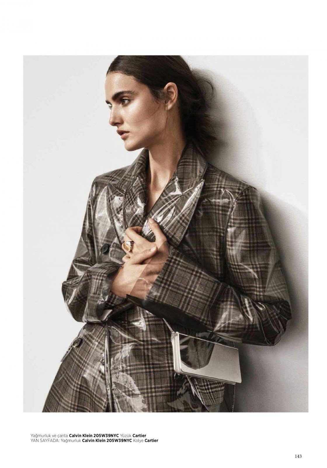 Full HD Wallpapers & Photos of Blanca Padilla for Harper's Bazaar Magazine Turkey January 2018