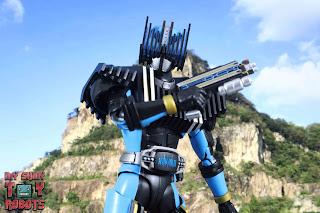 SH Figuarts Shinkocchou Seihou Kamen Rider Diend 19