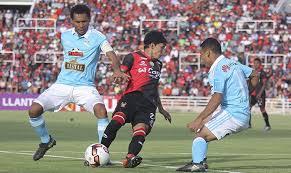 Sporting Cristal y Melgar en partido final por el título 2016