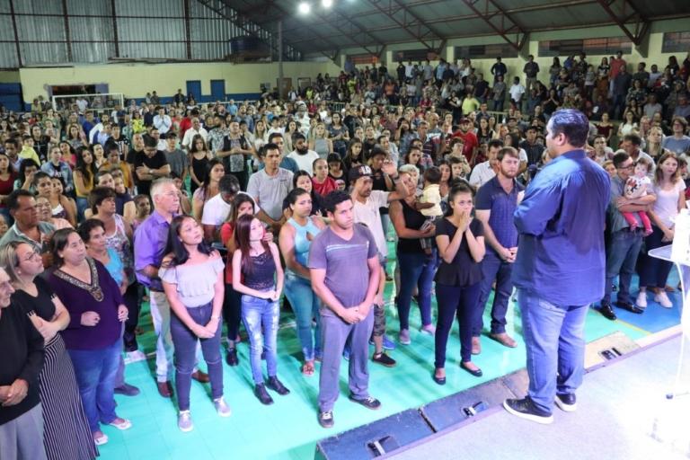 Cruzada em Castro reúne cerca de 3 mil pessoas