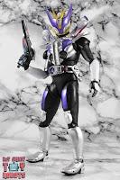 S.H. Figuarts Shinkocchou Seihou Kamen Rider Den-O Sword & Gun Form 68