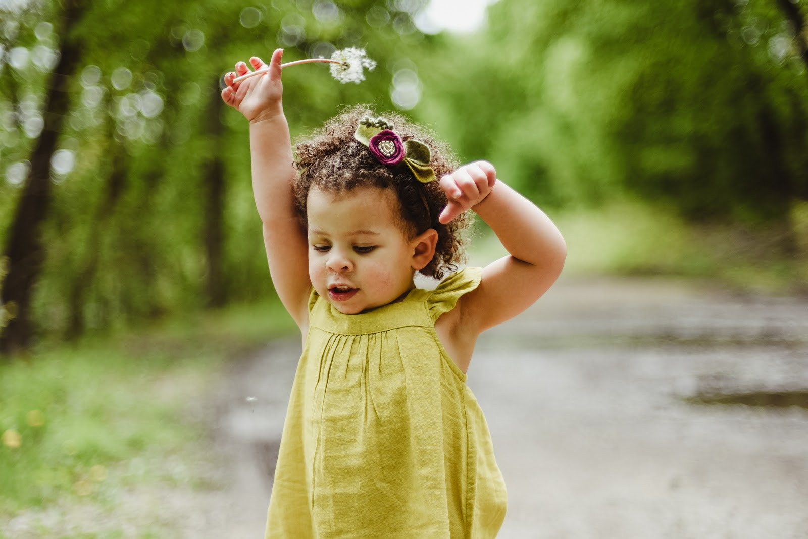baby-wearing-green-dress-images