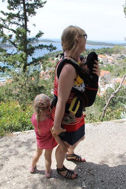 Kroatiassa kiivettiin lasten kanssa näköalapaikoille