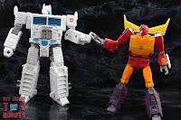 Transformers Kingdom Ultra Magnus 80