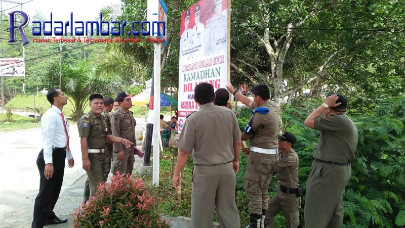 Jelang Ramadhan, Satpol-PP Pasang Imbauan di Sejumlah Titik