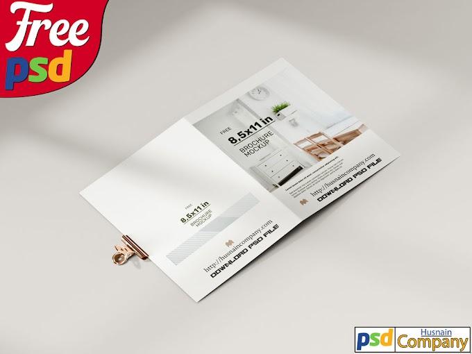 Download Free Folded Brochure PSD Mockup #5