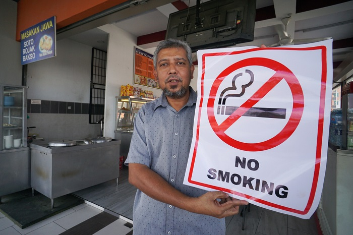 How To Report Smokers In a restaurant or eatery