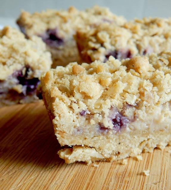 blueberry cream oatmeal crumb bars