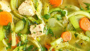 Healthy Recipes | Thai Chicken Zoodle Soup