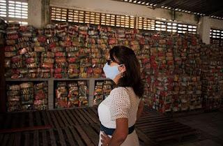 Mary Gouveia entrega mais de 7,2 mil kits merenda a alunos da rede municipal de Escada