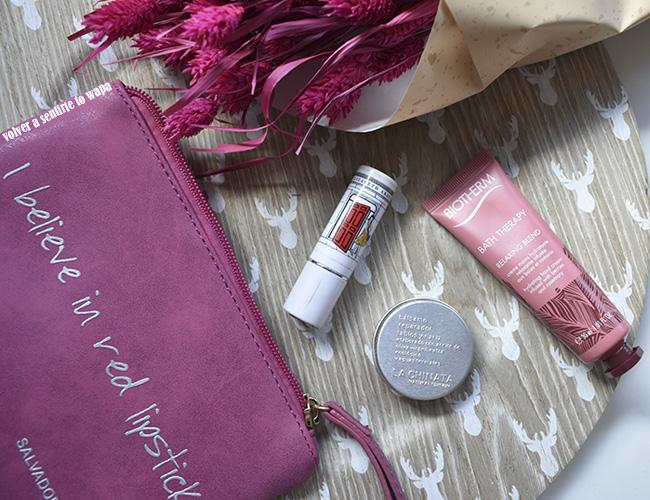 Qué llevo en mi neceser del bolso: cosmética