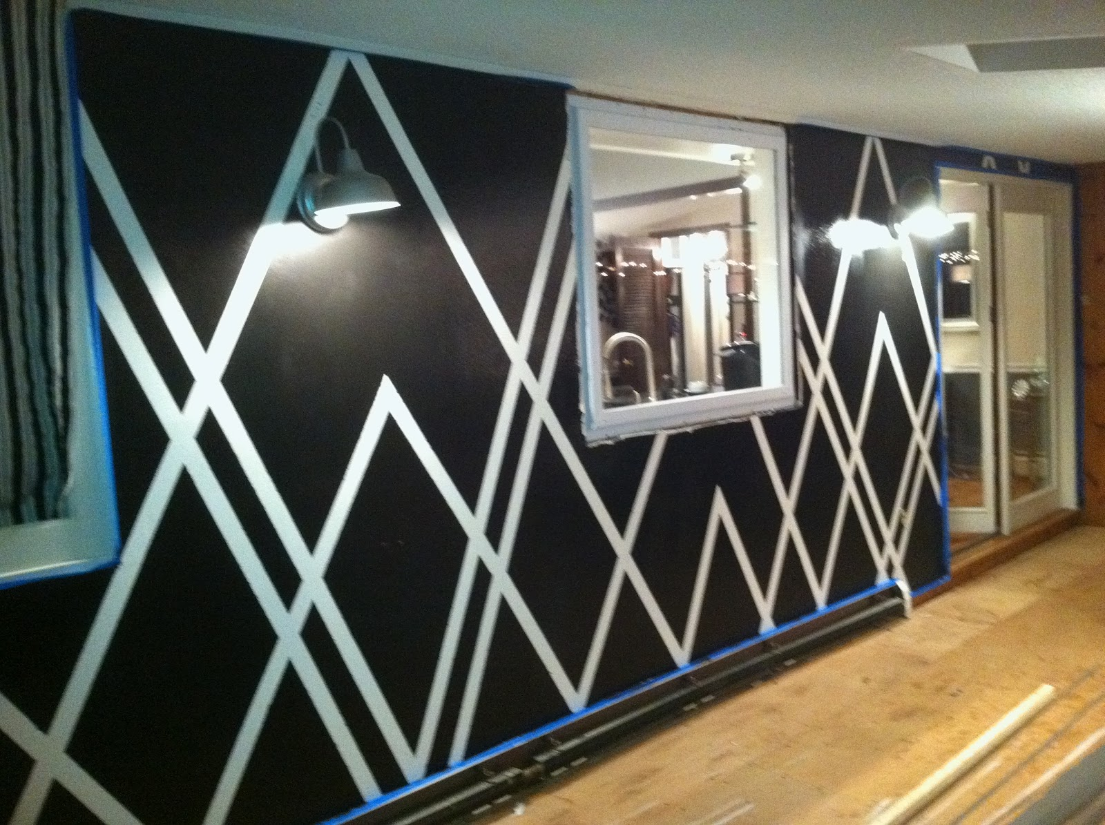 decor4poor painters tape design wall. Black Bedroom Furniture Sets. Home Design Ideas