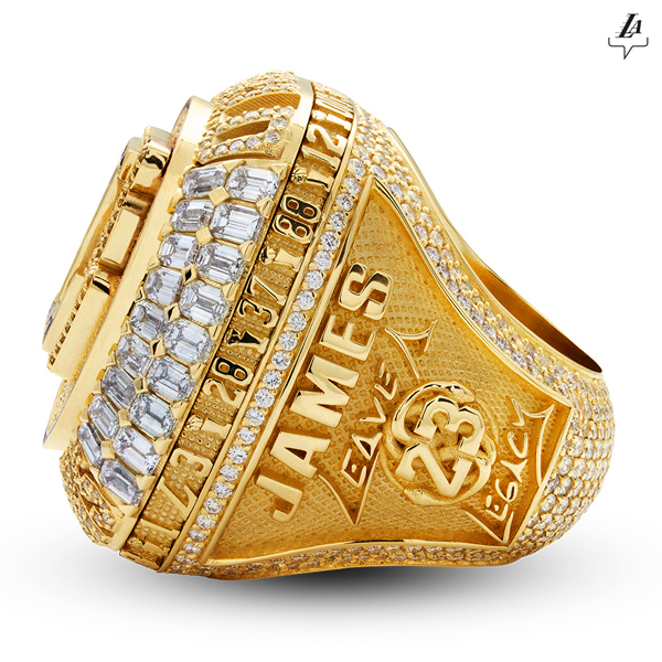 The Lakers' 2020 NBA championship ring (this one made specifically for LeBron James).
