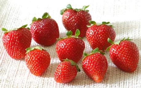 Hasil gambar untuk Manfaat buah stroberi untuk kesehatan