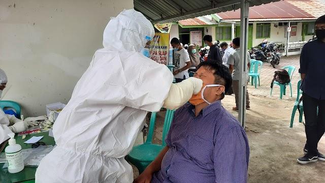 Antisipasi Penyebaran Covid-19, BPBD Sumbar Lakukan Penyemprotan Disinfektan