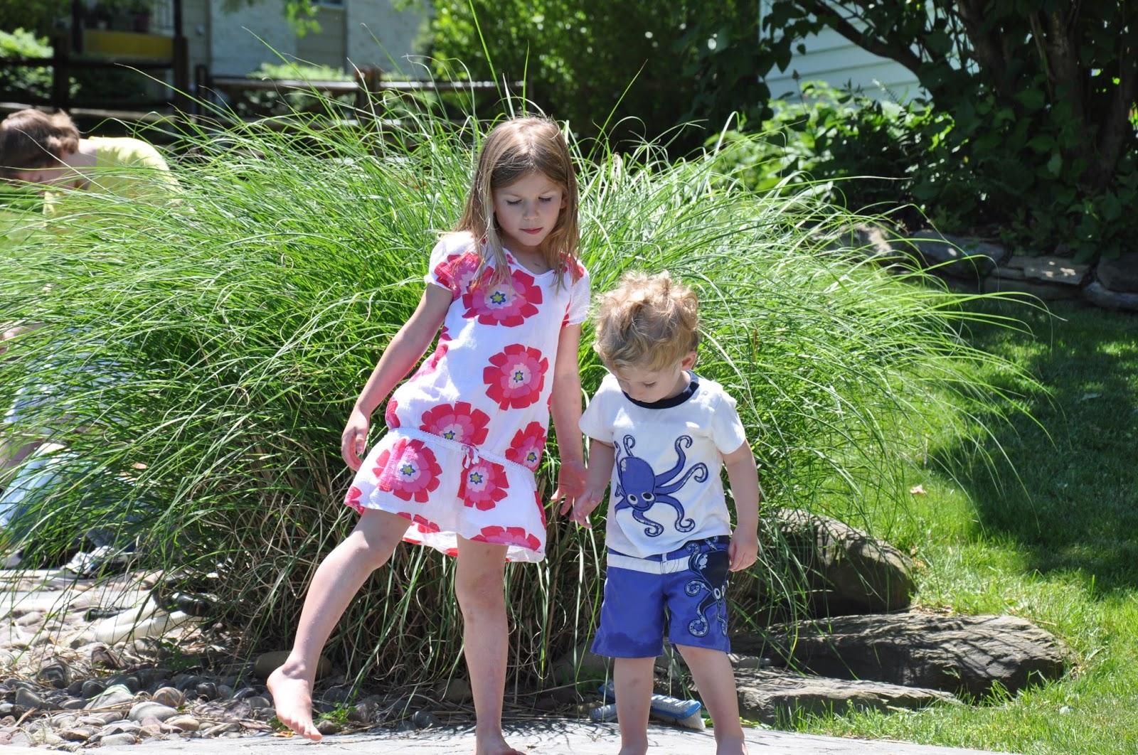 kids in diapers images - usseek.com