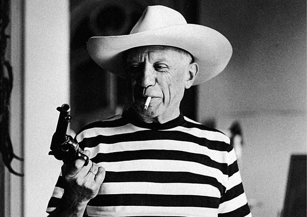 Picasso in iconic Breton-striped t-shirt