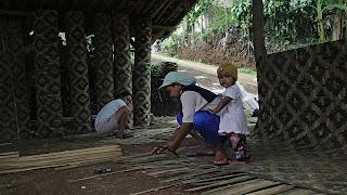 bilik bambu hitam