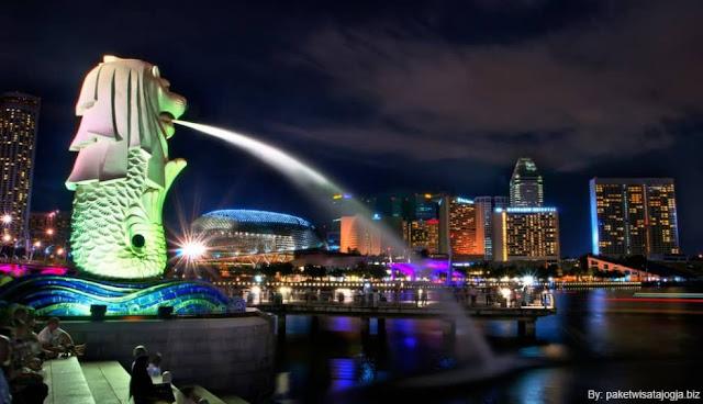 Potret Singapore Saat Malam Hari Begitu Romantis