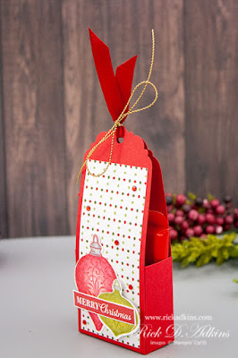 Super Easy Christmas Gleaming Treat Holder How to #CraftyHandmadeChristams