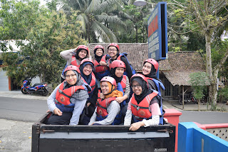 angkutan pick up body rafting green canyon