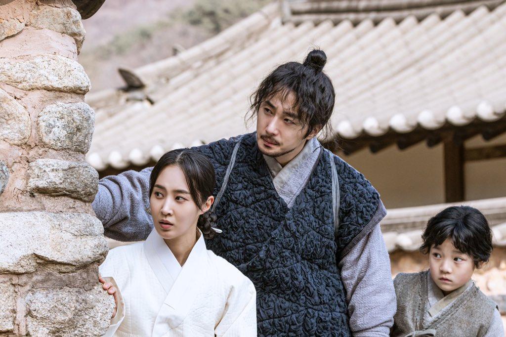 Bộ phim Hàn Quốc có rating cao Bossam: Steal The Fate (Bossam: Đánh Cắp Số Phận)