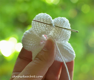 crochet plumeria flower reinforcement stitch
