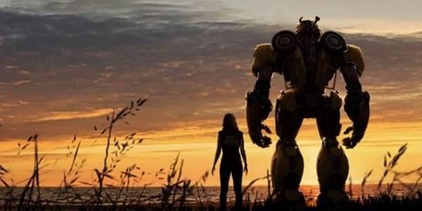 Review kelebihan dan kekurangan film Bumblebee