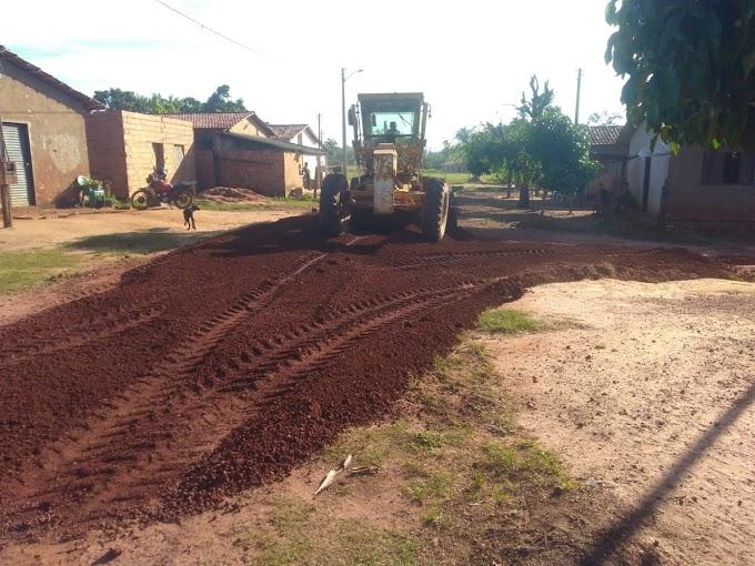 CACHOEIRINHA : Prefeitura  Inicia Semana Recuperando Estradas Vicinais do Município