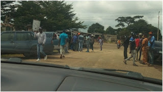 Tension as political thugs invade Ondo Assembly, prevent lawmakers from entering
