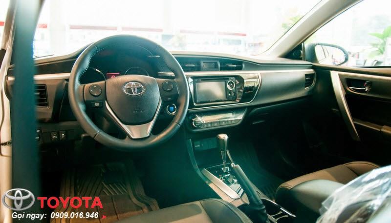 altis 2.0 8 - Đánh giá Toyota Corolla Altis 2.0 V 2014 - Lướt êm với phong cách thể thao mạnh mẽ - Muaxegiatot.vn