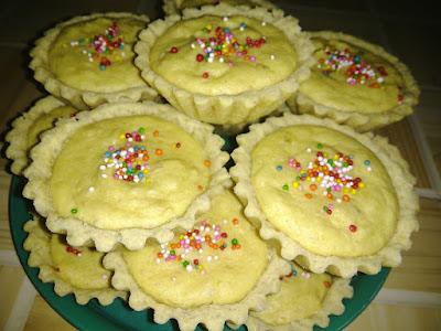 Resep Pie Bolu Tape Sederhana Paling Enak dan Ekonomis resep pie isi bolu tape panggang Renyah dan dan lembut resep pie bolu tape mudah dan praktis resep membuat pie bolu tape cara membuat pie bolu tape