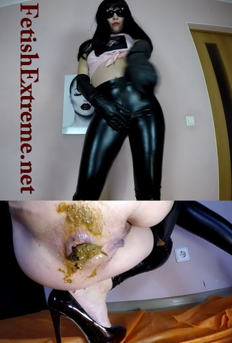 Erotic lactation and pooping. Sexy woman pooping in black leggings (Pooping fetishextreme 408-412)