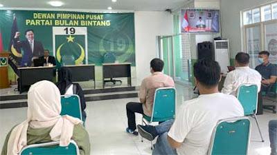 Webinar Pemuda Bulan Bintang, Ketua DPD: Bonus Demografi Harus Jadi Kekuatan Bangsa