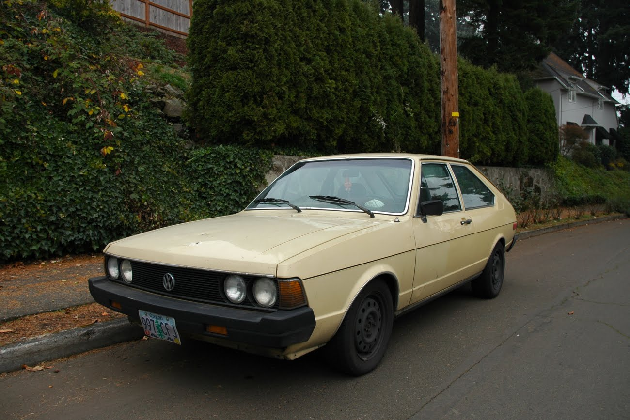 1980s Cars: OLD PARKED CARS.: 1980 Volkswagen Dasher