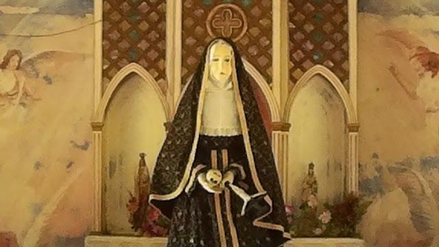 Atrakcje turystyczne Filipin - czarna Madonna - Siquijor