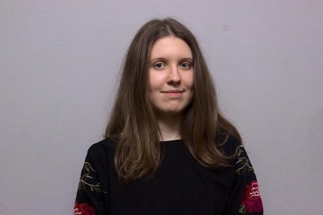 В Новосибирске студентка покончила с собой в преддверии экзаменов. Она оставила записку с местом, где ее стоит искать
