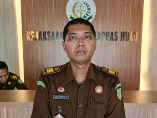 Kepala Seksi Pengelolaan Barang Bukti dan Barang Rampasan, Kejari Kapuas Hulu, Budi Murwanto, SH.