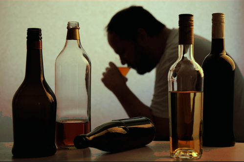 اضرار الكحول على الانسان وكيفيه التخلص منها