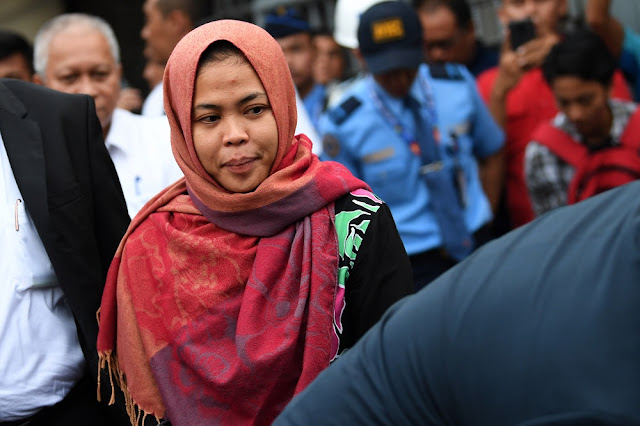 Klaim Pemerintah Berlebihan Soal Pembebasan Siti Aisyah