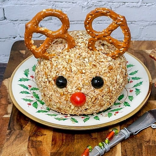 Rudolph Chicken Cheese Ball