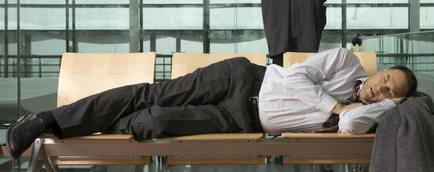 how to beat jet lag time zone tiredness flight sleeping