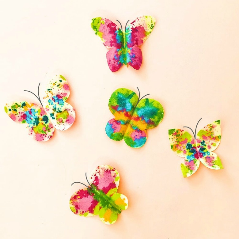 melted crayon butterfly craft