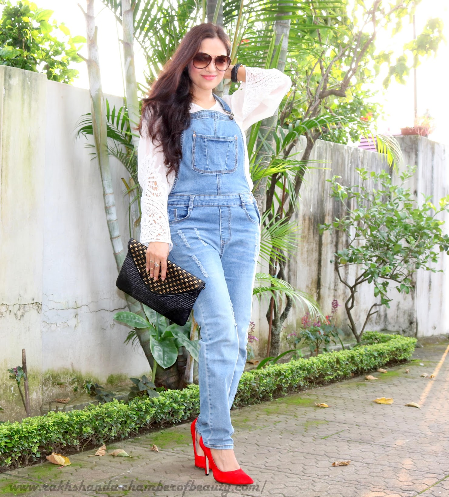 Inspired from the 70s- OOTD | How to style Dungarees, Dungarees from Stylemoi, lovelywholesale red heels, Retro fashion, fashion trends 2015, OOTD, Indian fashion blogger, Chamber of Beauty